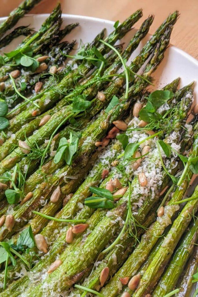 Roasted Garlic Parmesan Asparagus Stalks
