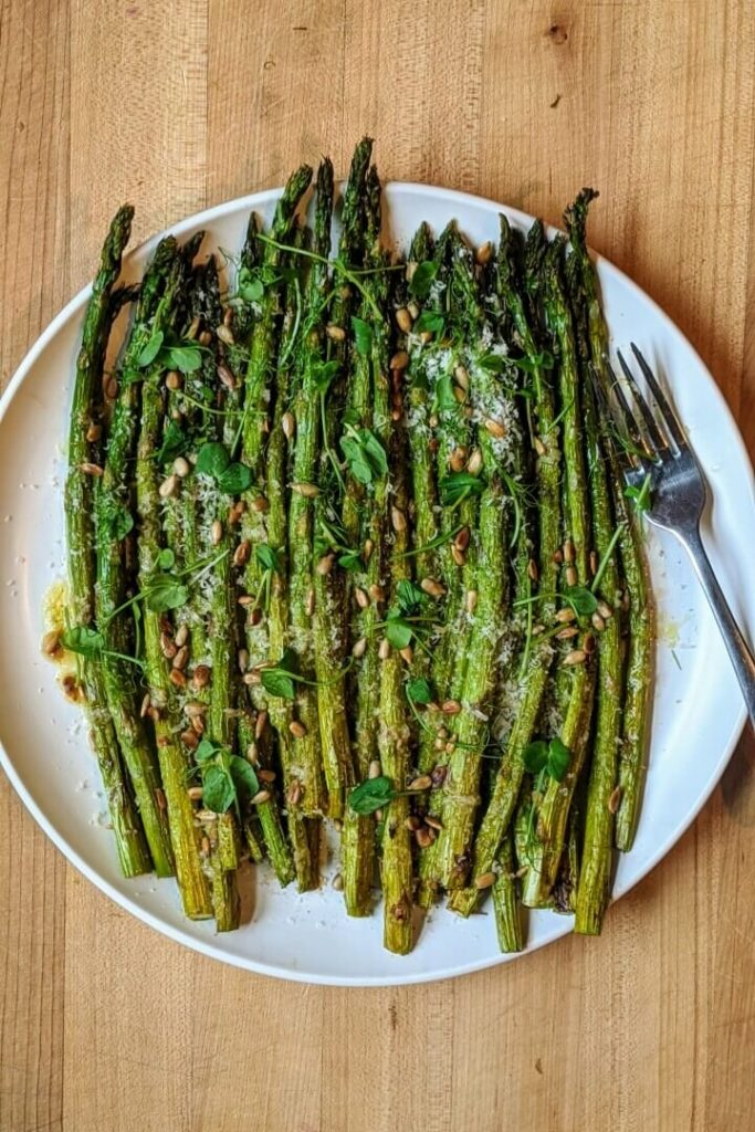 Garlic Parmesan Oven Roasted Asparagus