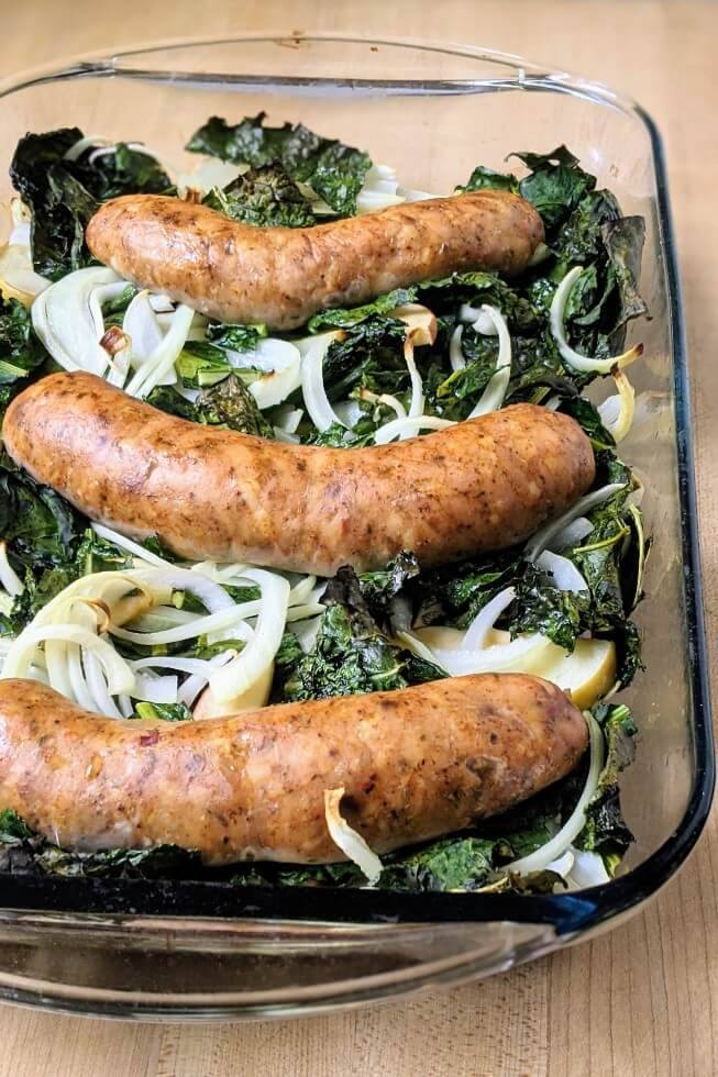 Baked Sausages With Kale and Apple